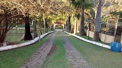 http://www.sucenaimoveis.com.br/fotos_imoveis/1218/IMG-20150211-WA0050.jpg