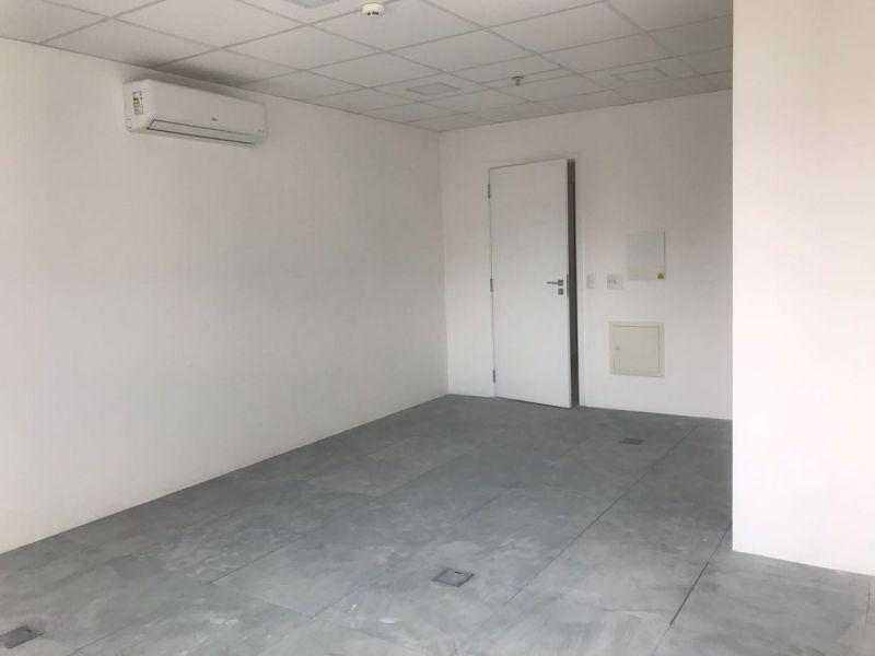 Sala venda Liberdade - Referência SL00136