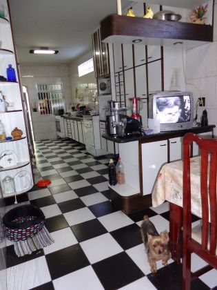 Sobrado MOOCA 4 dormitorios 1 banheiros 0 vagas na garagem